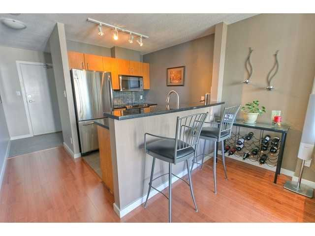 """Photo 2: Photos: 2103 1295 RICHARDS Street in Vancouver: Downtown VW Condo for sale in """"OSCAR"""" (Vancouver West)  : MLS®# V897969"""