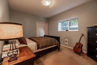 Photo 33: 1330 131 Street in Surrey: Crescent Bch Ocean Pk. House for sale (South Surrey White Rock)  : MLS®# R2612809