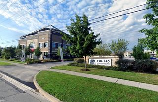 Photo 1: 101&201 410 Bronte Street in Milton: Bronte Meadows Property for sale : MLS®# W5294060