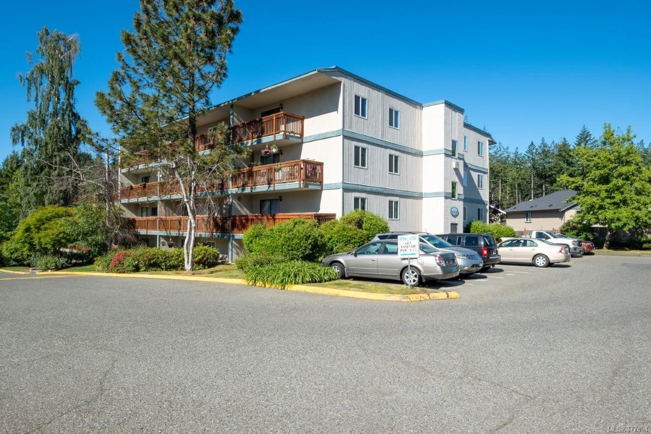 Main Photo: 503 4728 Uplands Dr in : Na Uplands Condo for sale (Nanaimo)  : MLS®# 877494