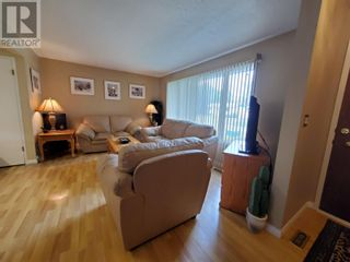 Photo 4: 2537 ABBOTT CRESCENT in Prince George: House for sale : MLS®# R2604867