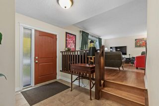 Photo 3: 221 Dalcastle Close NW in Calgary: Dalhousie Detached for sale : MLS®# A1148966