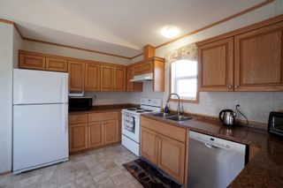 Photo 6: 703 Willow Bay in Portage la Prairie: House for sale : MLS®# 202113650