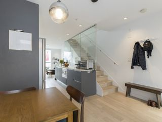 """Photo 9: 312 1647 E PENDER Street in Vancouver: Hastings Townhouse for sale in """"The Oxley"""" (Vancouver East)  : MLS®# R2555021"""