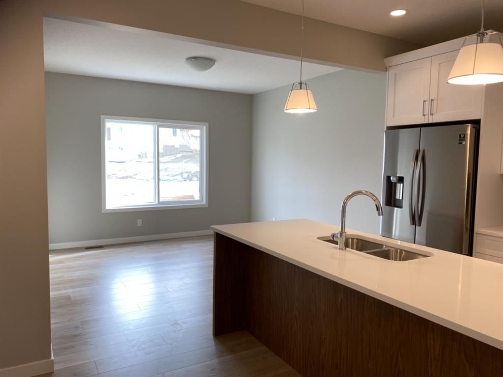 Photo 11: Photos: 154 Highview Gate: Airdrie Detached for sale : MLS®# A1140615