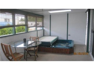 """Photo 13: 301 201 CAYER Street in Coquitlam: Maillardville Manufactured Home for sale in """"WILDWOOD PARK"""" : MLS®# V1055865"""