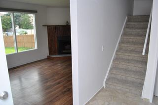 Photo 3: 4305 5 Avenue SE in Calgary: Forest Heights Row/Townhouse for sale : MLS®# A1129865