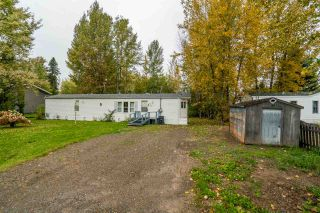 Photo 3: 7255 ALDEEN Road in Prince George: Lafreniere Manufactured Home for sale (PG City South (Zone 74))  : MLS®# R2408476