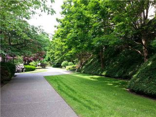 """Photo 18: 106 1955 WOODWAY Place in Burnaby: Brentwood Park Condo for sale in """"DOUGLAS VIEW"""" (Burnaby North)  : MLS®# V1137770"""