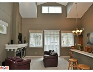 """Photo 5: 6 2588 152ND Street in Surrey: King George Corridor Townhouse for sale in """"WOODGROVE"""" (South Surrey White Rock)  : MLS®# F1003527"""