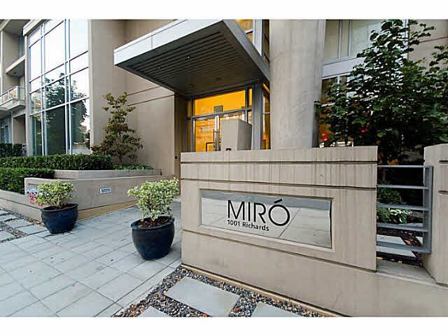"Main Photo: 602 1001 RICHARDS Street in Vancouver: Downtown VW Condo for sale in ""Miro"" (Vancouver West)  : MLS®# V1141685"