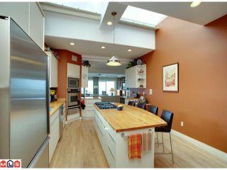"Photo 4: 15349 VICTORIA Avenue: White Rock House for sale in ""WHITE ROCK HILLSIDE"" (South Surrey White Rock)  : MLS®# F1207001"