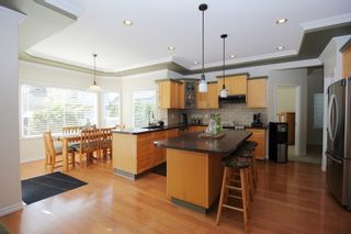 """Photo 6: 5119 223B Street in Langley: Murrayville House for sale in """"Hillcrest"""" : MLS®# R2389538"""
