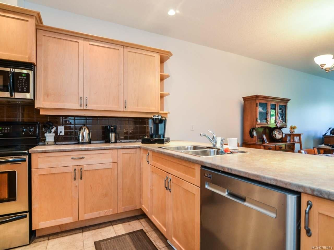 Photo 15: Photos: 15 346 Erickson Rd in CAMPBELL RIVER: CR Willow Point Row/Townhouse for sale (Campbell River)  : MLS®# 768843