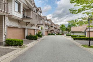 """Photo 2: 47 2351 PARKWAY Boulevard in Coquitlam: Westwood Plateau Townhouse for sale in """"WINDANCE"""" : MLS®# R2398247"""