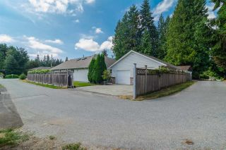 Photo 2: 931 COTTONWOOD Avenue in Coquitlam: Coquitlam West House for sale : MLS®# R2199150