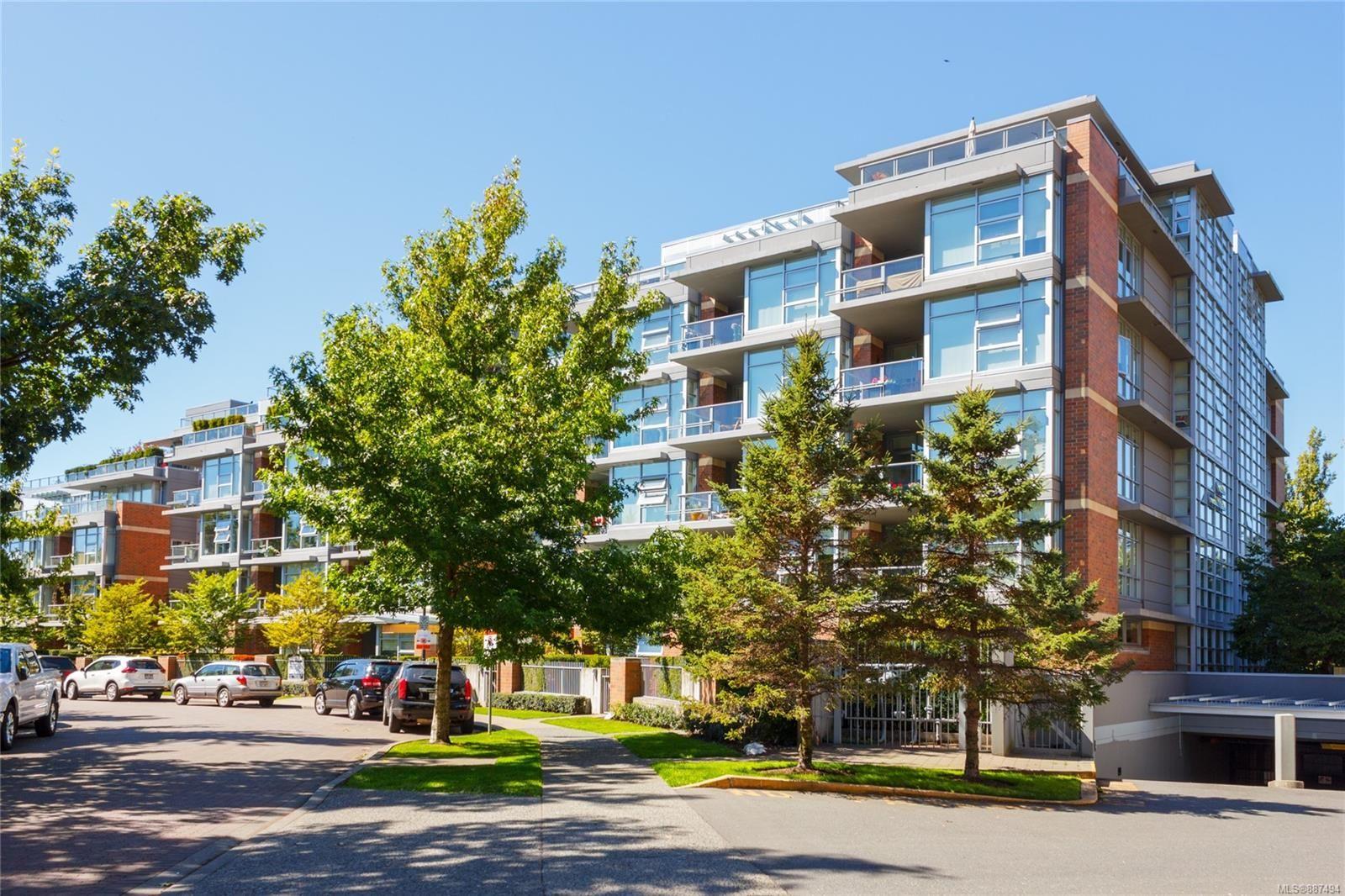 Main Photo: 409 365 Waterfront Cres in Victoria: Vi Rock Bay Condo for sale : MLS®# 887494