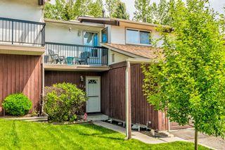 Main Photo: 124 3219 56 Street NE in Calgary: Pineridge Row/Townhouse for sale : MLS®# A1133016