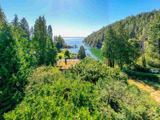 """Photo 17: 4777 PILOT HOUSE Road in West Vancouver: Olde Caulfeild House for sale in """"Tiddly Cove"""" : MLS®# R2497367"""