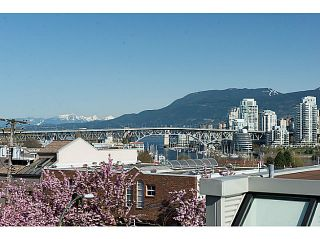 """Photo 1: 954 W 7TH Avenue in Vancouver: Fairview VW Townhouse for sale in """"Era"""" (Vancouver West)  : MLS®# V1003005"""