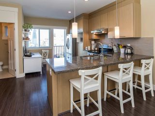 """Photo 6: 16 7298 199A Street in Langley: Willoughby Heights Townhouse for sale in """"YORK"""" : MLS®# R2068285"""