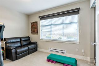 "Photo 11: 19 6588 195A Street in Surrey: Cloverdale BC Townhouse for sale in ""ZEN"" (Cloverdale)  : MLS®# R2436457"