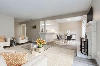 Photo 3: UNIVERSITY CITY Townhouse for sale : 3 bedrooms : 9773 Genesee Ave in San Diego