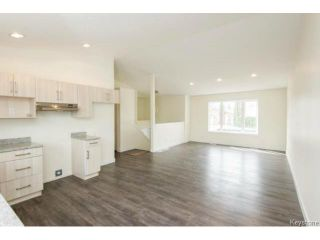 Photo 7: 1021 Burrows Avenue in Winnipeg: North End Single Family Detached for sale (4B)  : MLS®# 1706441