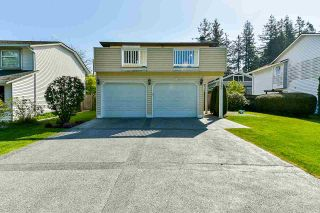 Photo 1: 1960 127A Street in Surrey: Crescent Bch Ocean Pk. House for sale (South Surrey White Rock)  : MLS®# R2583099