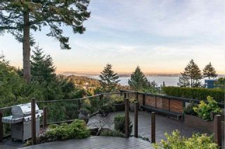 Photo 10: 4968 PINETREE Crescent in West Vancouver: Upper Caulfeild Condo for sale : MLS®# R2576926