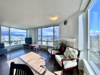 "Photo 2: 1104 2628 ASH Street in Vancouver: Fairview VW Condo for sale in ""Cambridge Gardens"" (Vancouver West)  : MLS®# R2542300"