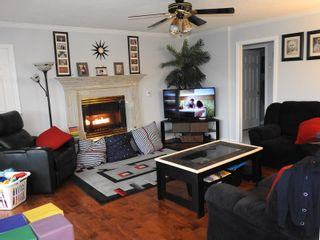 """Photo 6: 8489 141A Street in Surrey: Bear Creek Green Timbers House for sale in """"Brookside"""" : MLS®# R2531335"""