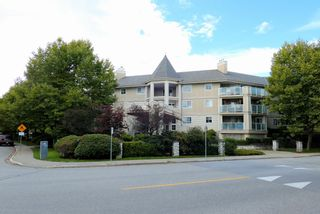 """Photo 1: 205 20145 55A Avenue in Langley: Langley City Condo for sale in """"Blackberry Lane 3"""" : MLS®# R2619315"""