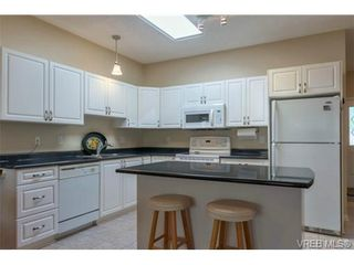 Photo 5: 17 7980 East Saanich Rd in SAANICHTON: CS Saanichton Row/Townhouse for sale (Central Saanich)  : MLS®# 740350