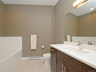 Photo 11: 7 2321 Island View Rd in Central Saanich: CS Island View Row/Townhouse for sale : MLS®# 780518
