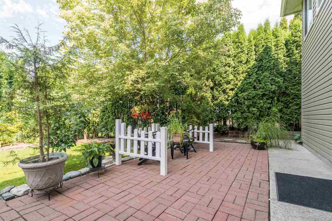 """Photo 35: Photos: 35715 LEDGEVIEW Drive in Abbotsford: Abbotsford East House for sale in """"Ledgeview Estates"""" : MLS®# R2481502"""