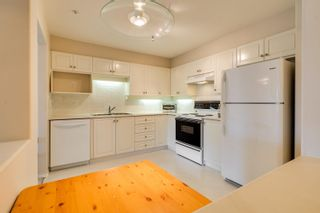 Photo 4: 312 33731 MARSHALL Road in Abbotsford: Central Abbotsford Condo for sale : MLS®# R2609186
