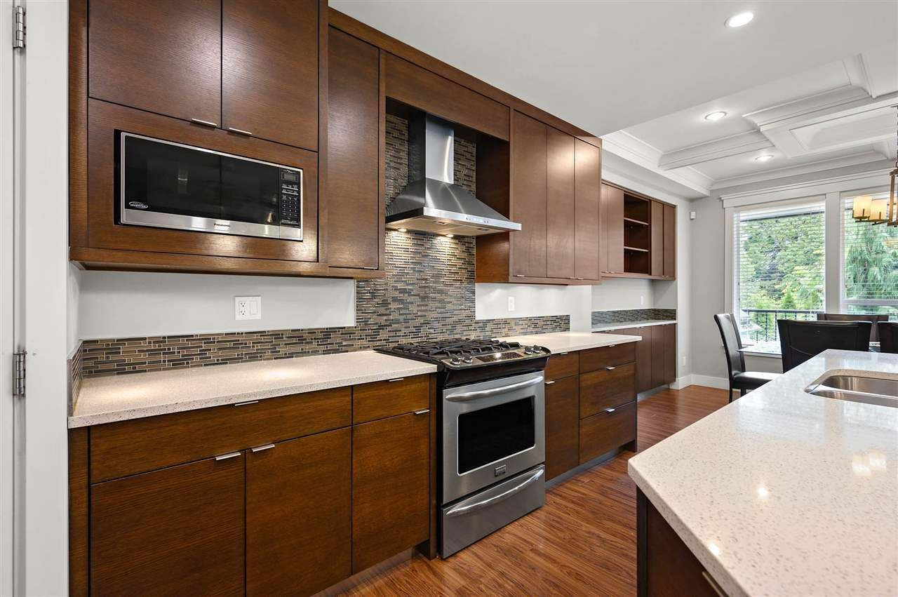 """Photo 5: Photos: 7796 211B Street in Langley: Willoughby Heights House for sale in """"YORKSON"""" : MLS®# R2480434"""