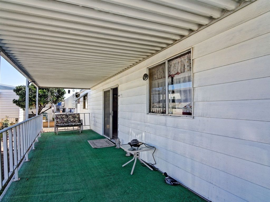 Main Photo: CHULA VISTA Manufactured Home for sale : 2 bedrooms : 445 ORANGE AVENUE #76