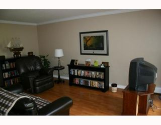 """Photo 2: 405 320 ROYAL Avenue in New_Westminster: Downtown NW Condo for sale in """"THE PEPPERTREE"""" (New Westminster)  : MLS®# V765945"""