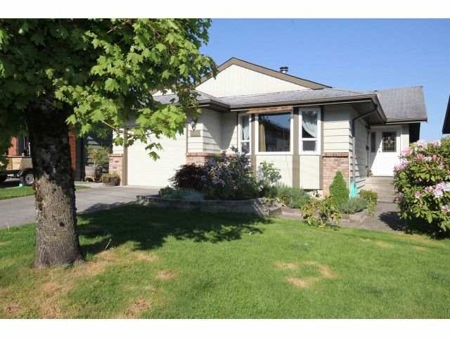 "Main Photo: 6724 197TH Street in Langley: Willoughby Heights House for sale in ""Langley Meadows"" : MLS®# F1310829"