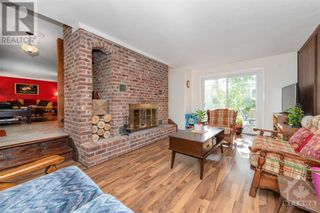 Photo 10: 2586 DWYER HILL ROAD in Ottawa: House for sale : MLS®# 1261336