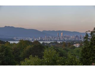 "Photo 18: 4216 W 8TH Avenue in Vancouver: Point Grey House for sale in ""POINT GREY"" (Vancouver West)  : MLS®# V1125944"