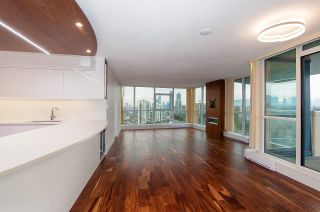 """Photo 4: 2604 5611 GORING Street in Burnaby: Central BN Condo for sale in """"Legacy"""" (Burnaby North)  : MLS®# R2624537"""