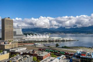 """Photo 14: 2310 128 W CORDOVA Street in Vancouver: Downtown VW Condo for sale in """"WOODWARD W43"""" (Vancouver West)  : MLS®# R2567403"""