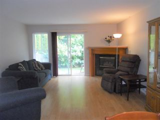 "Photo 4: 19 5915 VEDDER Road in Sardis: Vedder S Watson-Promontory Townhouse for sale in ""Melrose Place"" : MLS®# R2195975"