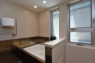Photo 13: MISSION HILLS House for sale : 2 bedrooms : 530 Otsego Dr in San Diego