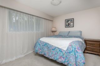 """Photo 18: 1633 HARBOUR Drive in Coquitlam: Harbour Place House for sale in """"HARBOUR CHINES"""" : MLS®# R2009897"""