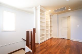 Photo 13: 156 E 19TH Avenue in Vancouver: Main House for sale (Vancouver East)  : MLS®# R2369823