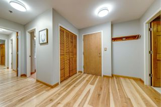 """Photo 9: 230 3309 PTARMIGAN Place in Whistler: Blueberry Hill Condo for sale in """"Greyhawk"""" : MLS®# R2584007"""